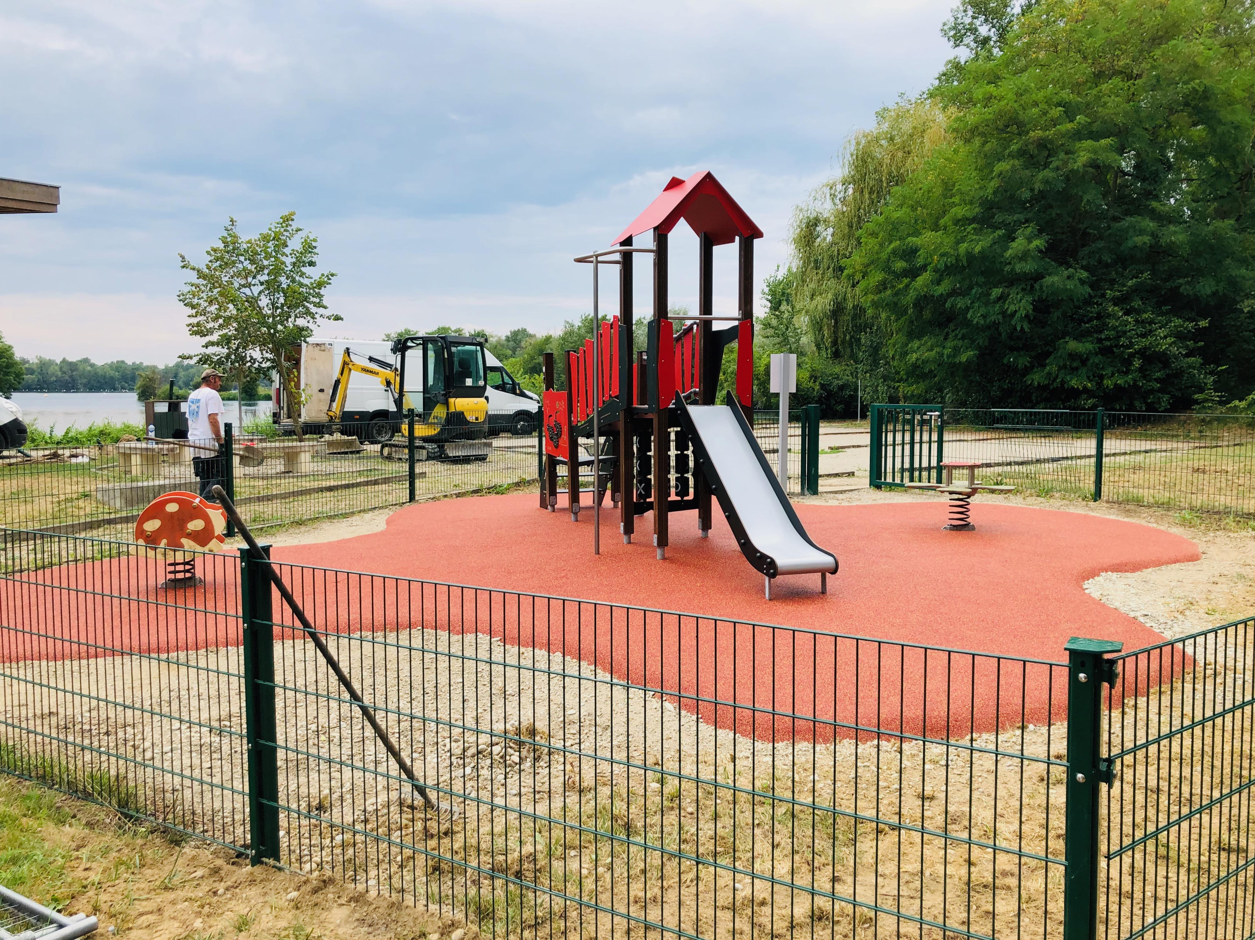 aire de jeux vinci sol de sécurité epdm plobsheim alsace département 67
